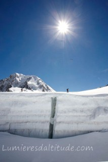 CREVASSE ON THE GLACIER DU GEANT, MASSIF DU MONT-BLANC, HAUTE-SAVOIE, FRANCE