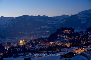 GSTAAD BY NIGHT, SWITZERLAND