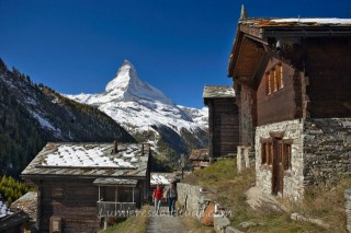WALKING AROUND ZERMATT, SWITZERLAND