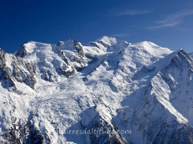 THE MONT-BLANC SUMMIT, CHAMONIX, HAUTE SAVOIE, FRANCE