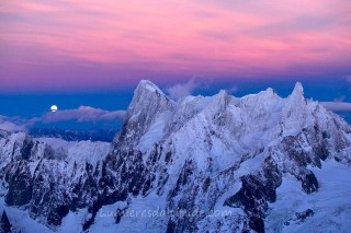 MOONSET ON THE GRANDES JORASSES, MASSIF DU MONT-BLANC, HAUTE SAVOIE, FRANCE