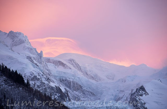 Couchant rose sur le Mont-Blanc, Chamonix, France