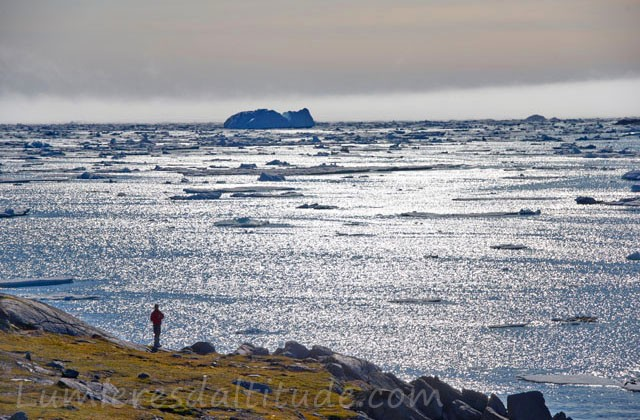 Groenland, Kulusuk , face aux icebergs