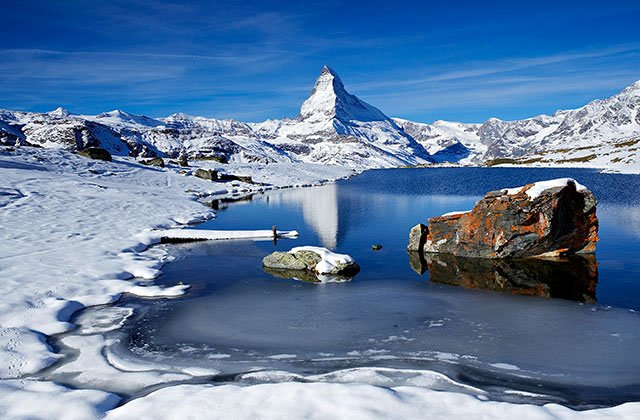 Steelisee lake and the Matterhorn
